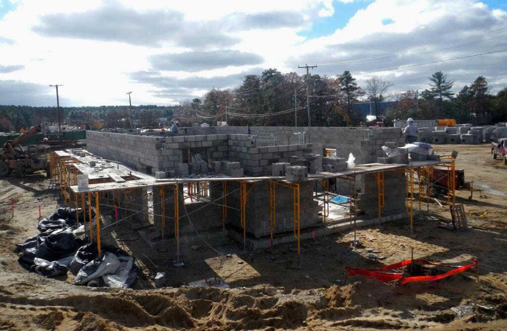 Marshfield High School, Construction